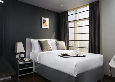UORA_Hotels_GoldenOak_03