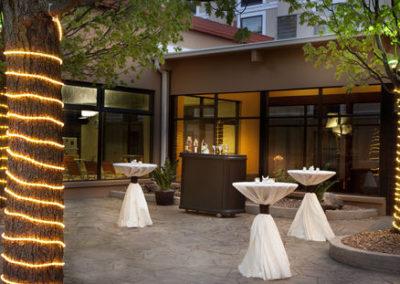 UORA_Hotels_HolidayInn_06