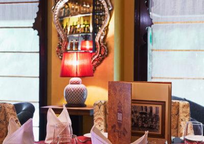 UORA_Restaurants_DOR_03