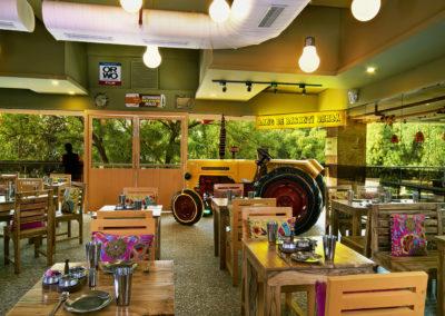 UORA_Restaurants_RangBasanti_01